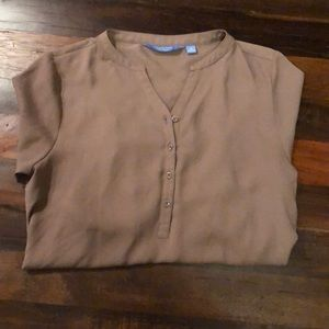 EUC Vera Wang Taupe Tunic Popover Roll Tab Blouse